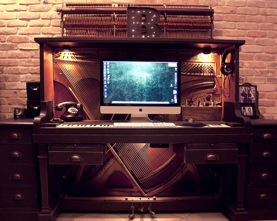 upcycled and repurposed pianos: Piano Desk